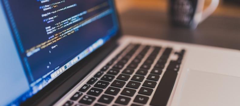 Jak hromadně změnit název souborů prostřednictvím Finder v OS X?